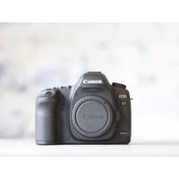 thumb-Canon EOS 5D Mark II-1