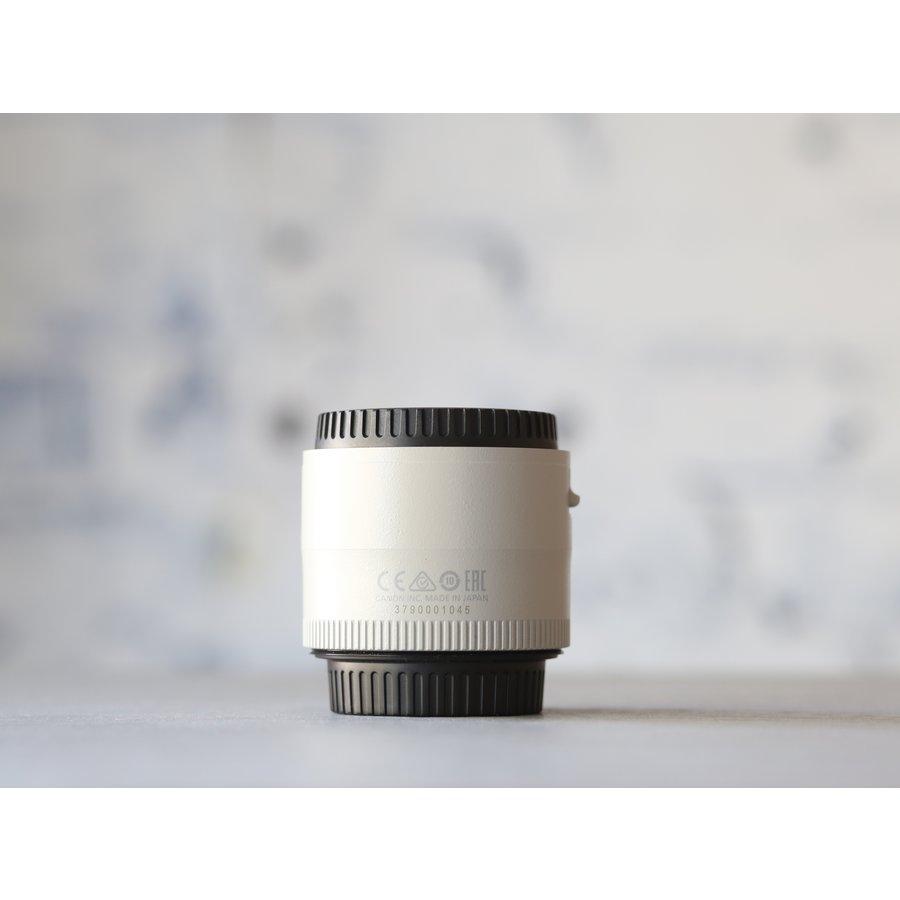 Canon EF 2.0x III Extender-3