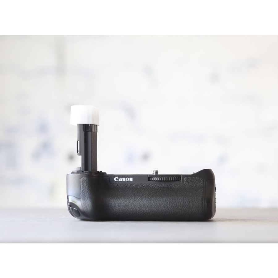 Canon BG-E16 Battery Grip-2