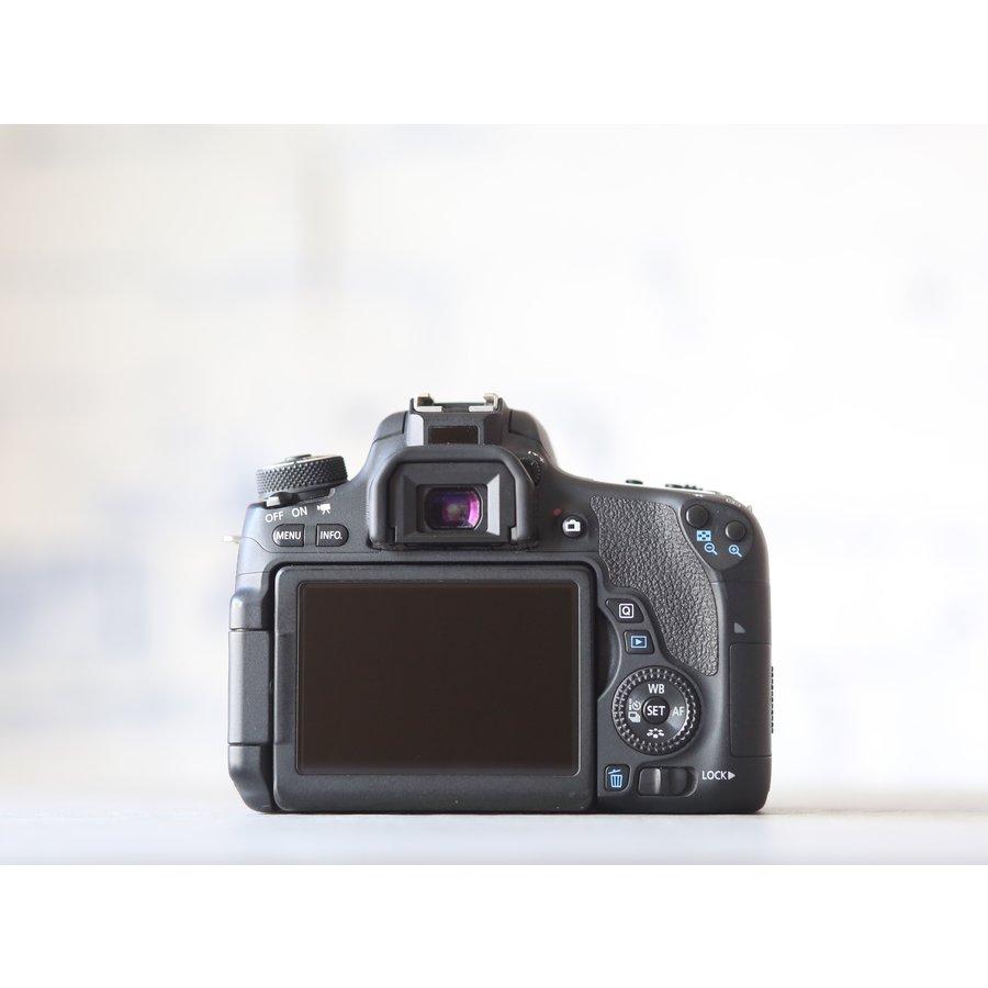 Canon EOS 760D-3