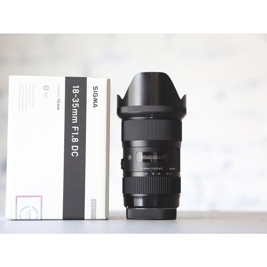 Sigma 18-35mm f/1.8 DC HSM Art (Canon)-1