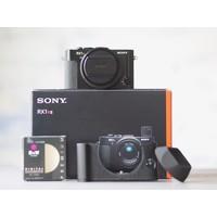 thumb-Sony RX1R II-1