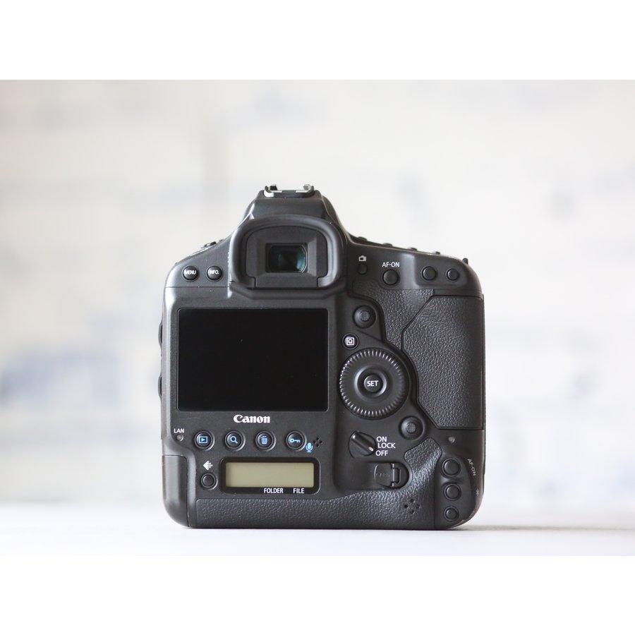 Canon EOS 1D X-2