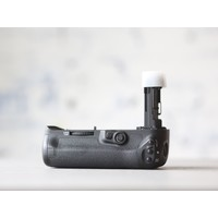 thumb-Canon BG-E20 Battery Grip-3