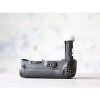 thumb-Canon BG-E20 Battery Grip-3