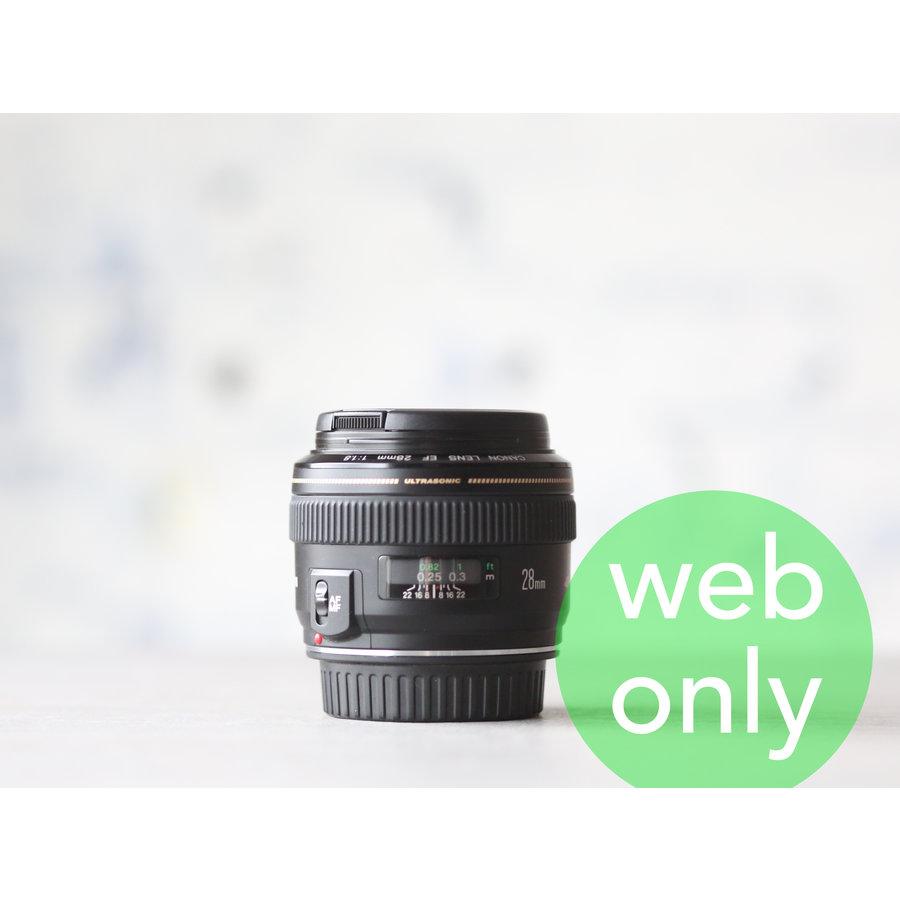 Canon EF 28mm f/1.8 USM-1