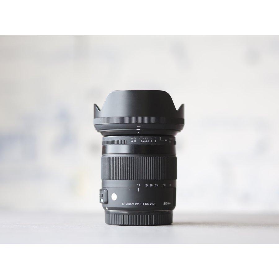 Sigma 17-70mm f/2.8-4.0 DC OS HSM Macro Contemp. (Canon)-2