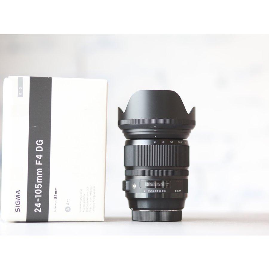 Sigma 24-105mm f/4.0 DG OS HSM Art (Canon)-1