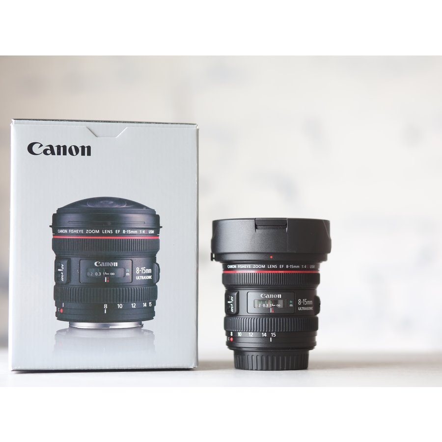 Canon EF 8-15mm f/4L Fisheye USM-1