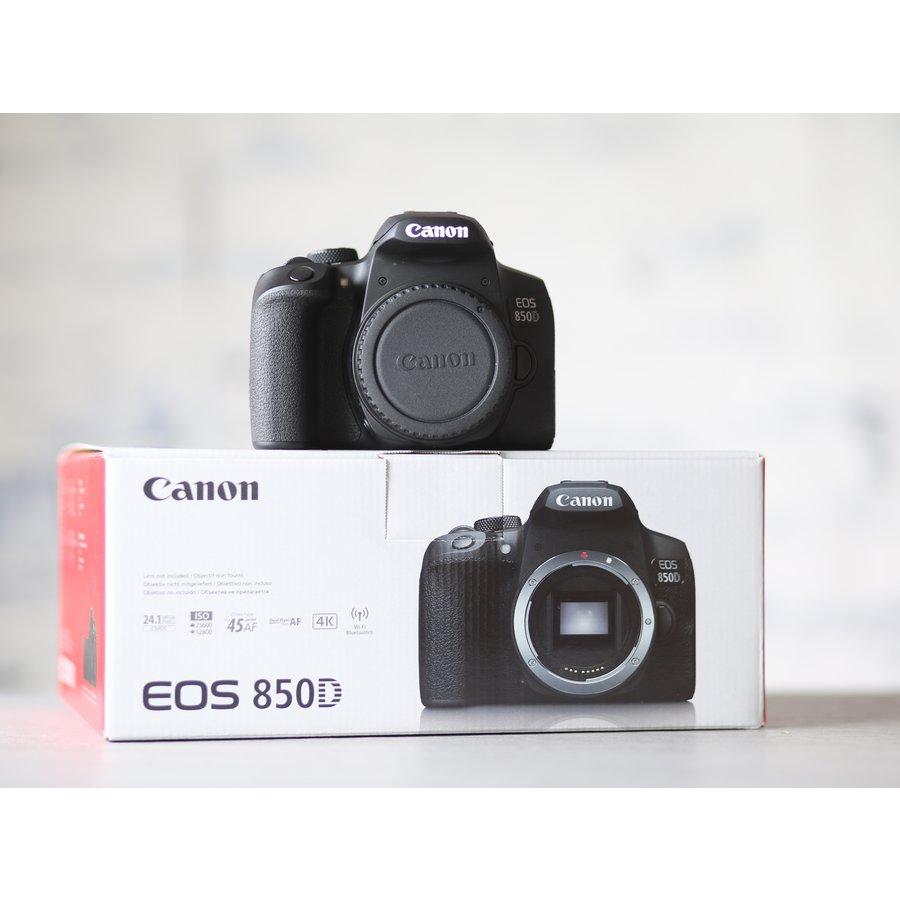 Canon EOS 850D-1