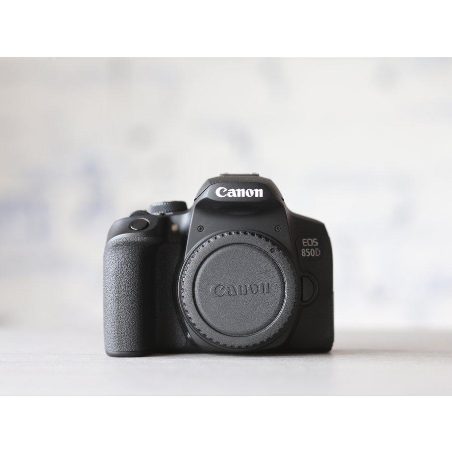 Canon EOS 850D-2