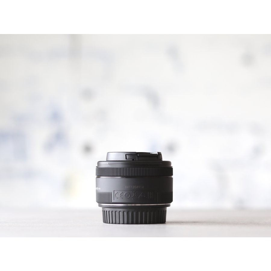 Canon EF 50mm f/1.8 STM-2