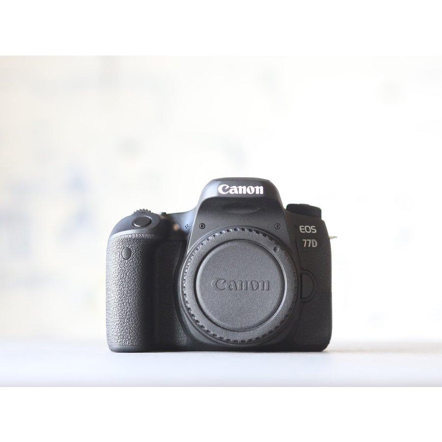 Canon EOS 77D-2