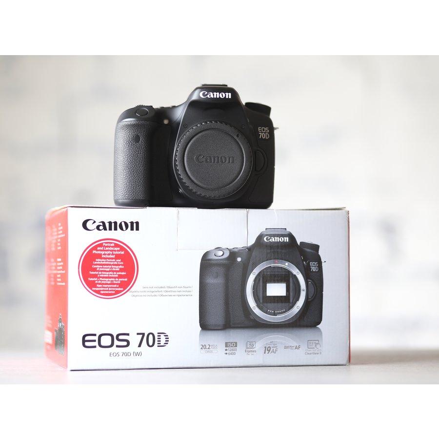 Canon EOS 70D-1