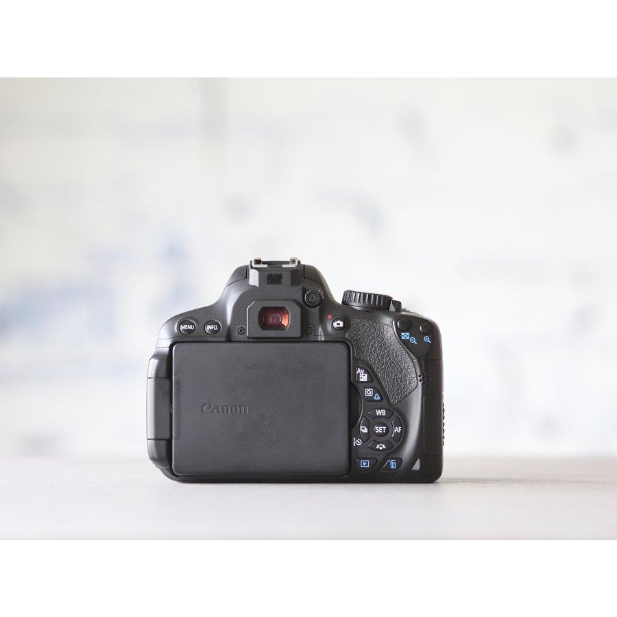 Canon EOS 650D-3