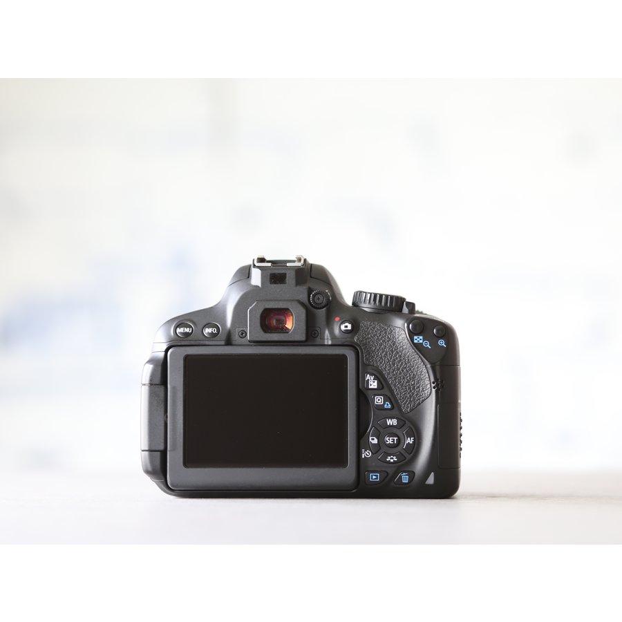 Canon EOS 650D-2