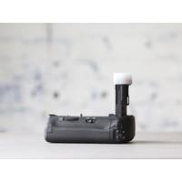 thumb-Canon BG-E21 Battery Grip-3