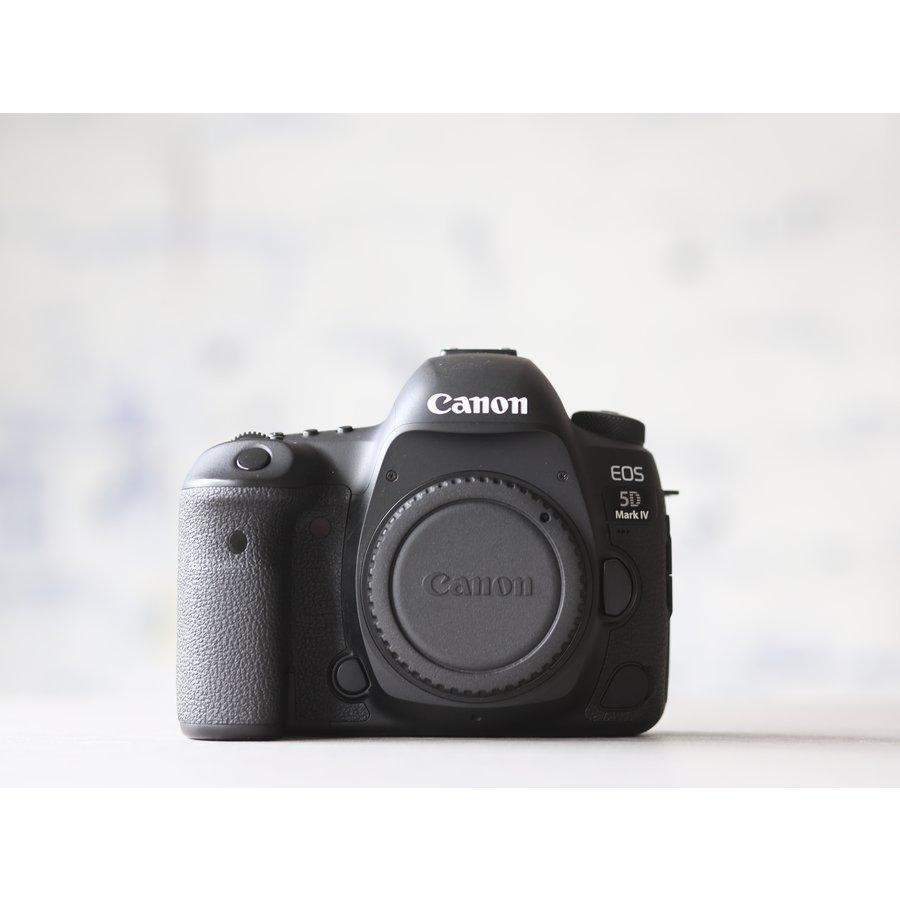 Canon EOS 5D Mark IV -- (incl. BTW)-2