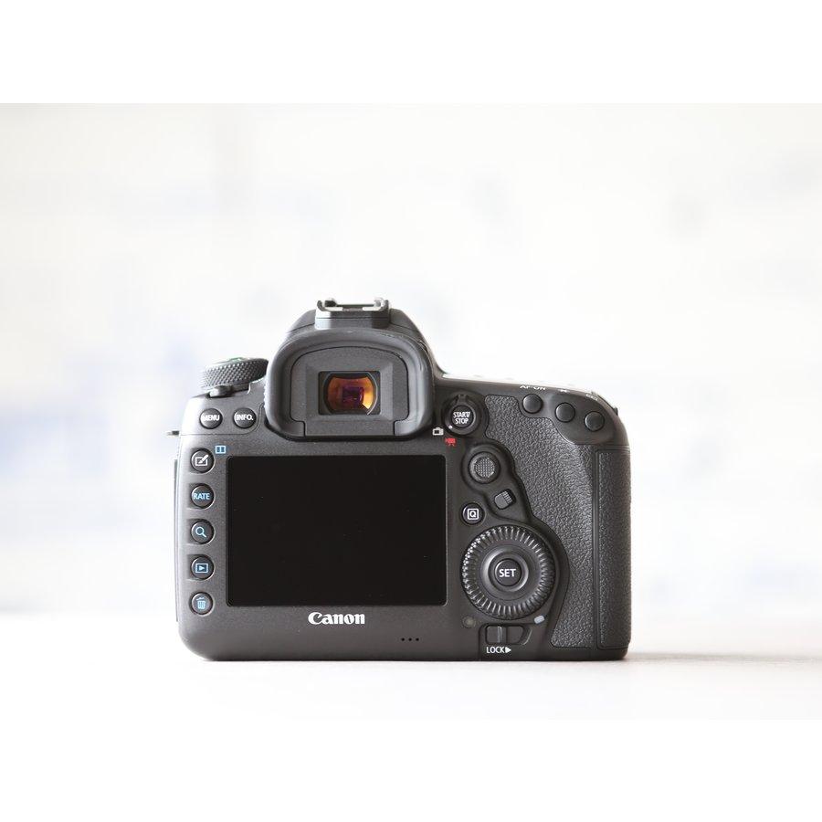 Canon EOS 5D Mark IV -- (incl. BTW)-3