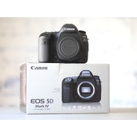 thumb-Canon EOS 5D Mark IV-1