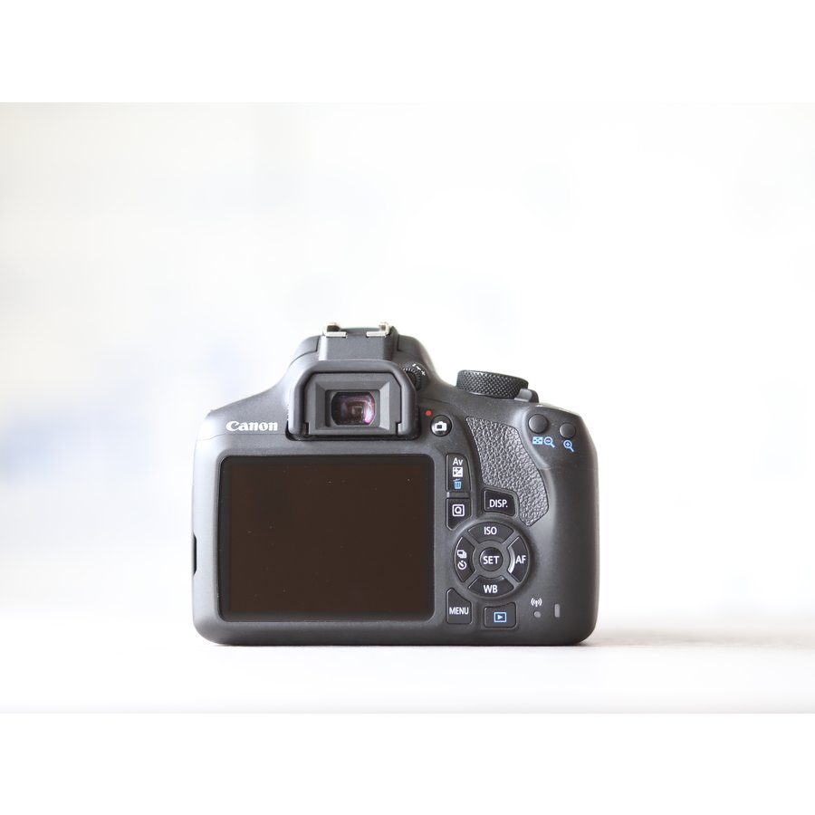 Canon EOS 1300D + 18-55mm Kit-4