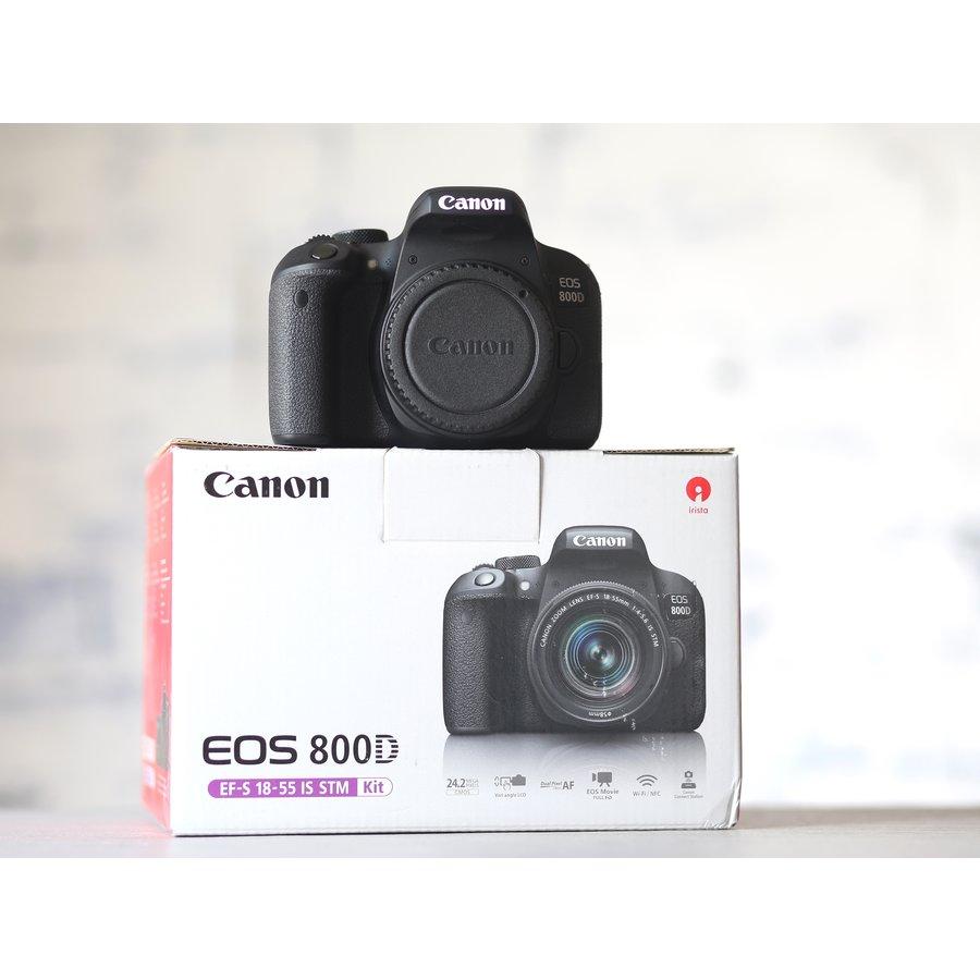 Canon EOS 800D-1
