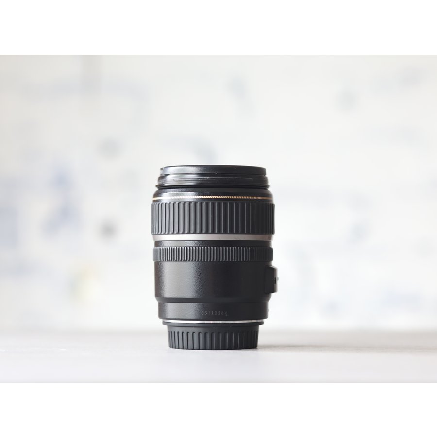 Canon EF-S 17-85mm f/4-5.6 IS USM-3
