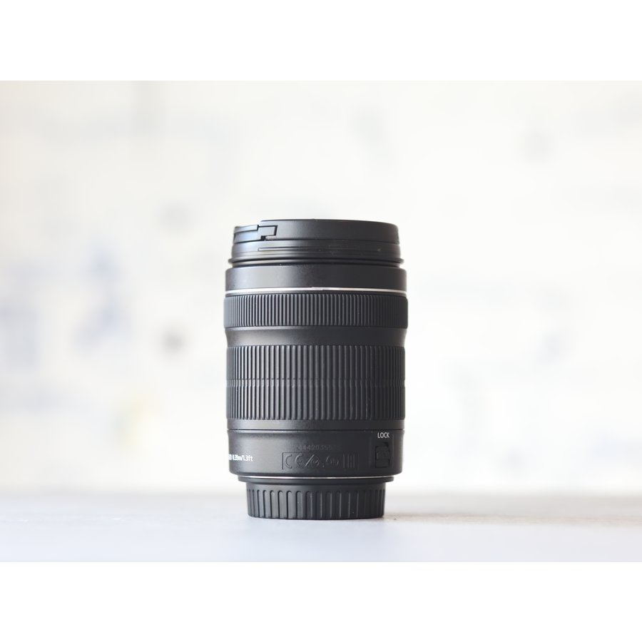 Canon EF-S 18-135mm f/3.5-5.6 IS STM-3