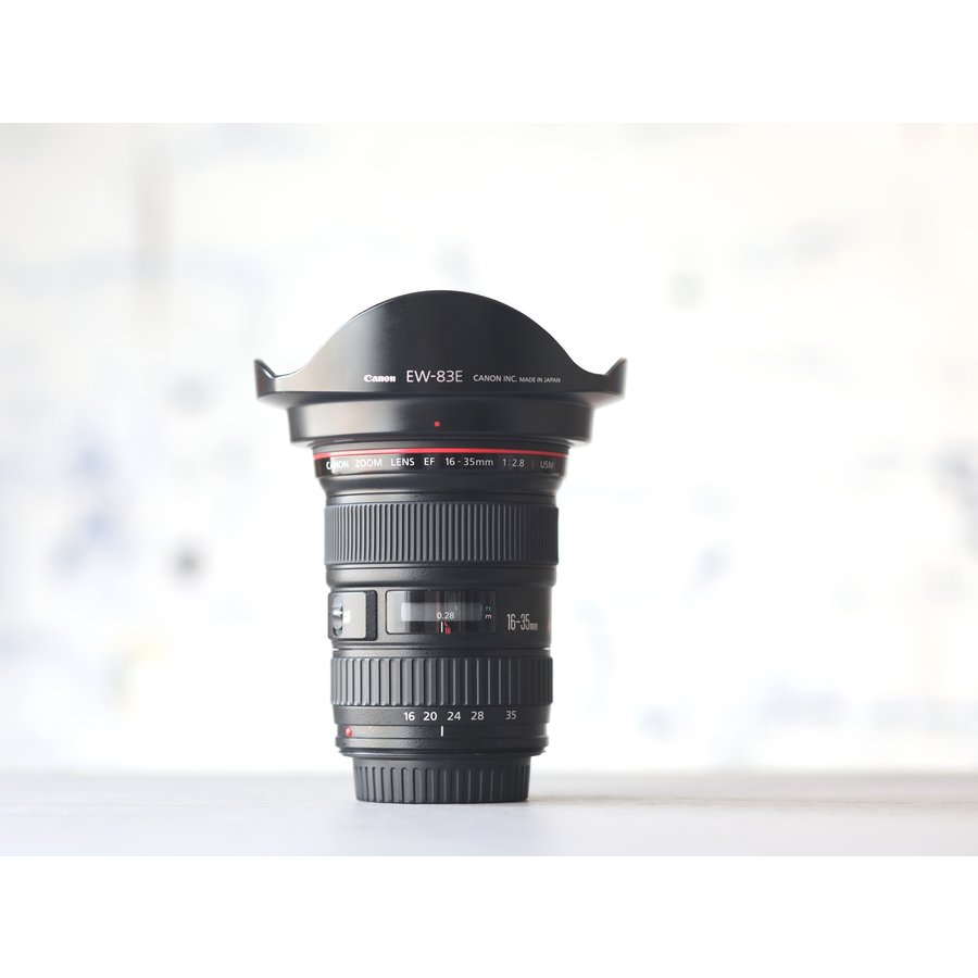 Canon EF 16-35mm f/2.8L USM-1