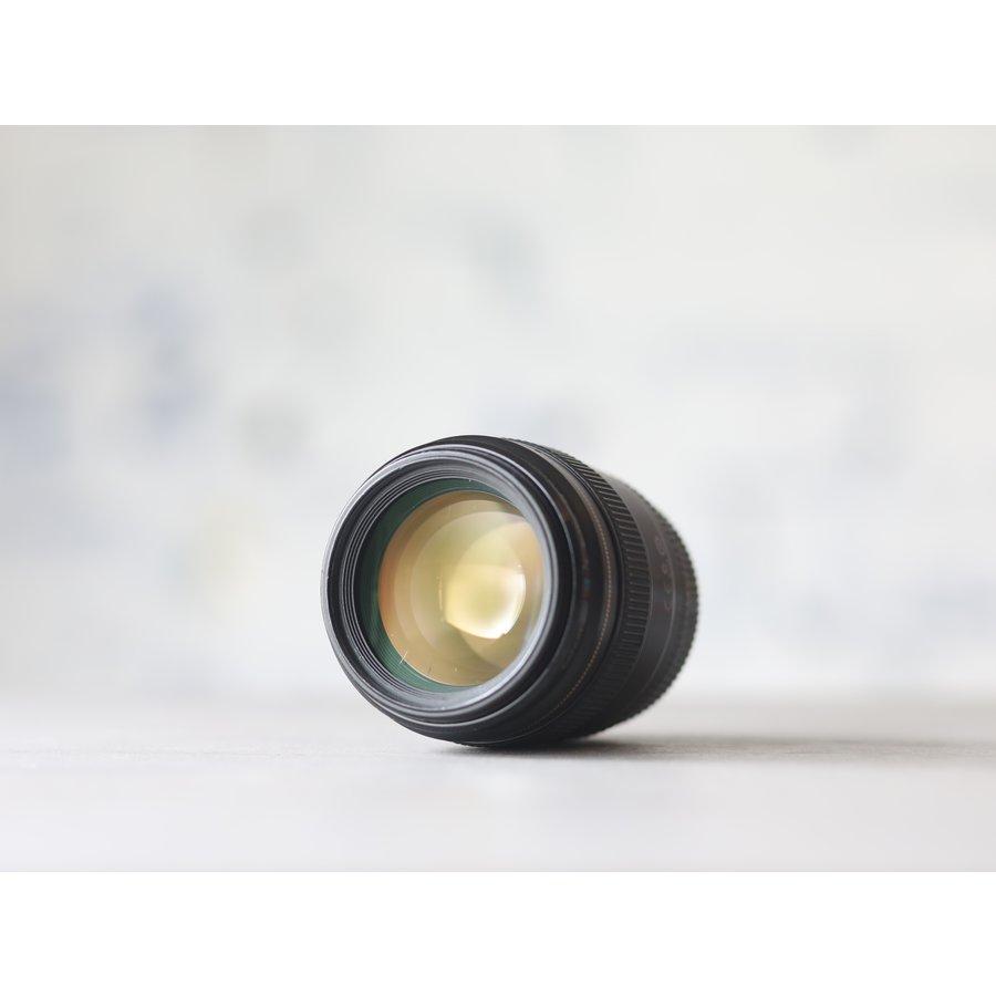 Canon EF 85mm f/1.8 USM-3