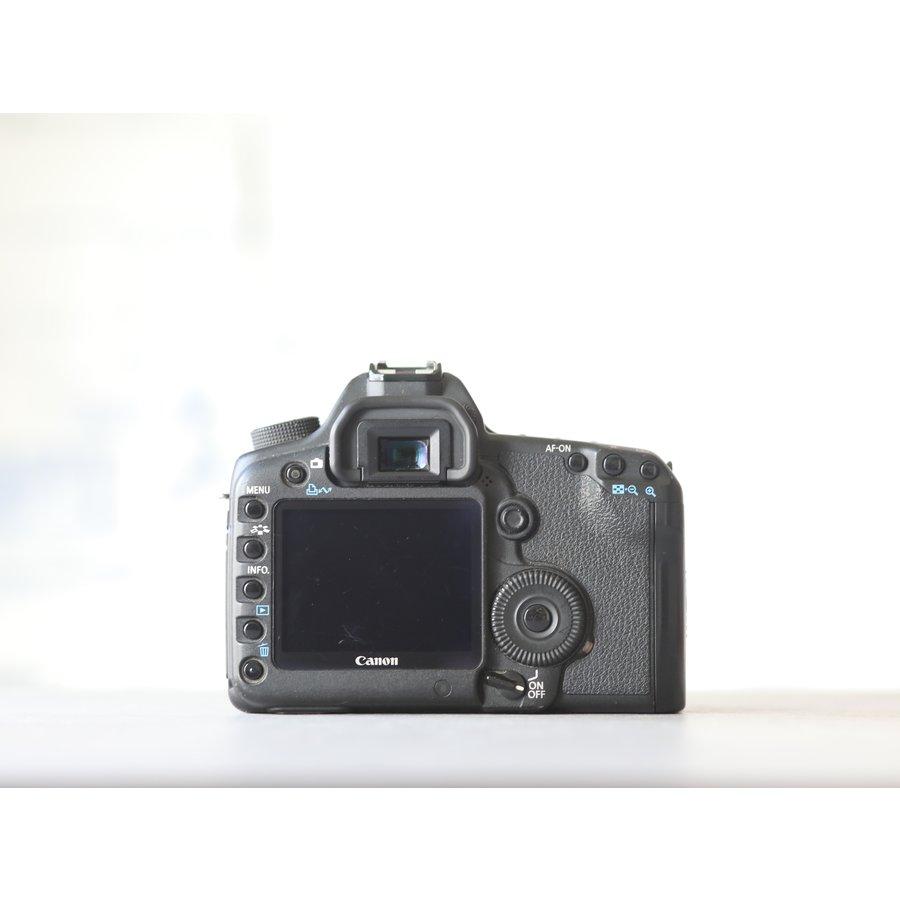 Canon EOS 5D Mark II-3