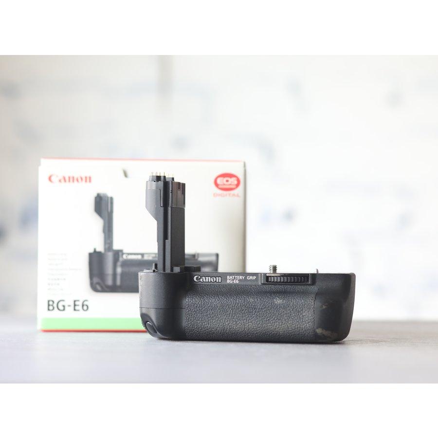 Canon EOS 5D Mark II-5