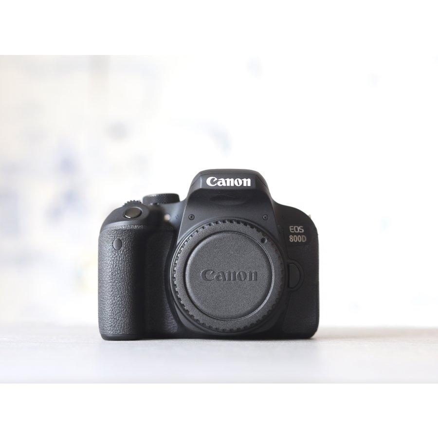 Canon EOS 800D-2