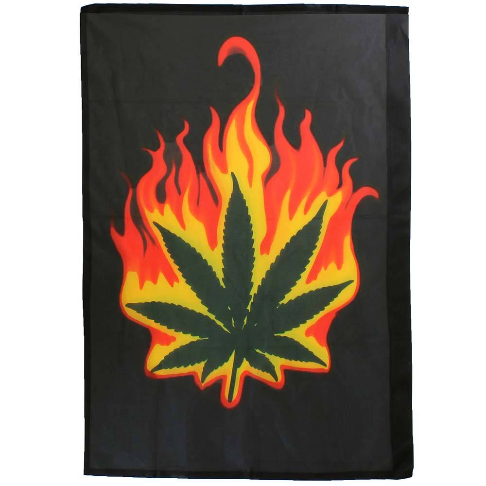 Fun & Fashion Burning Leaf Brandend Marihuana Wietblad Flag Vlag Zwart/Groen/Rood/Oranje