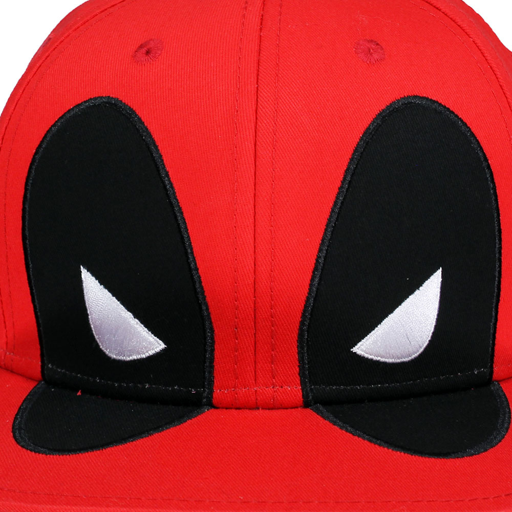 Marvel Comics: The Avengers, Captain America, Spider-Man, The Hulk, Thor, Black Panther, Deadpool, Ant-Man, Iron Man, The Punisher Marvel Comics Deadpool Big Face Snapback Cap Red