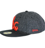 Dungeons and Dragons Dungeons & Dragons Ampersand Logo Felt Snapback Cap Pet Black / Grey / Red