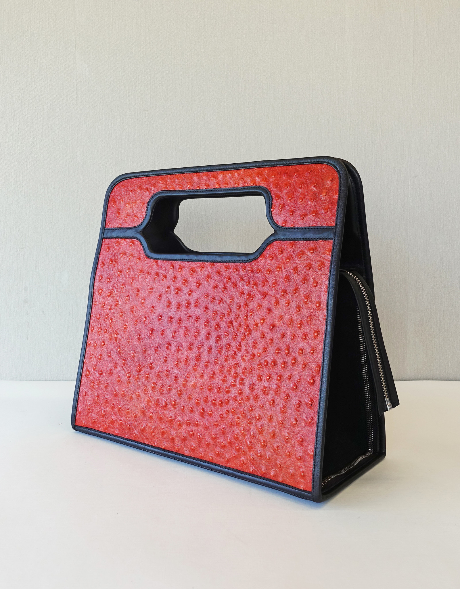 Brigitte, orange leather