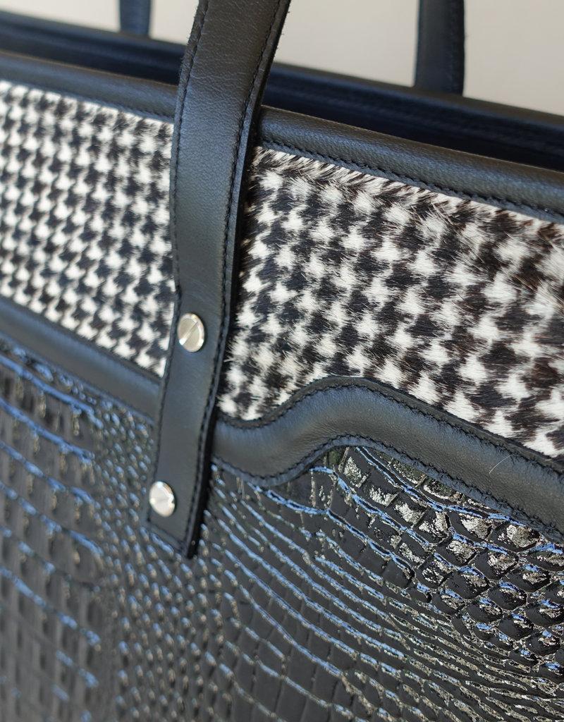 Audrey, black patent leather