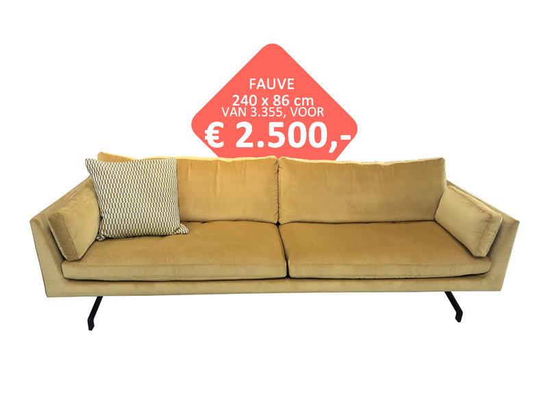 Fauve bank 240 cm VAN  € 3555  VOOR € 2500