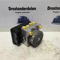 ABS  Pumpe 9802461580  PEUGEOT 208