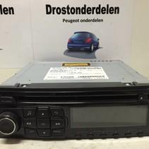 Radio cd  MP3 98049164ZD  peugeot 208