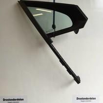 Driehoeks Ruiten Rechts-voor 9801475980 peugeot 208