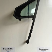 Triangle Window left-front 9801476080 peugeot 2008