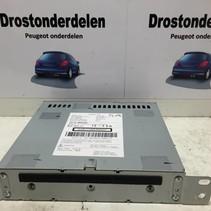 Radio CD player 9805593680 Peugeot 308 T9