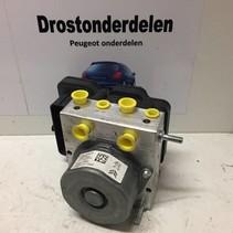 Abs pump 9816071180 Peugeot 308 T9
