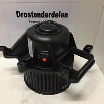 Kachel motor  T3953002 peugeot 3008 (6441CP)