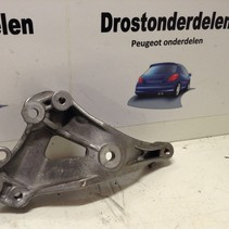 air conditioning pump support V758078180 PEUGEOT 308