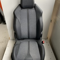 Right-front seat half leather Peugeot 3008 P84