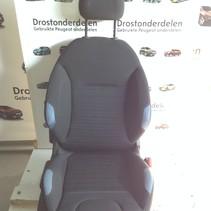 Rechter voor-stoel  peugeot 208    blauw met zwart