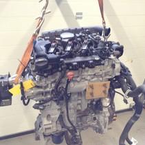 Peugeot 1.2 turbo Motor 130 PK met motorcode HN02  1617296080  (HNY)